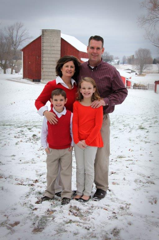Family Barn Photo